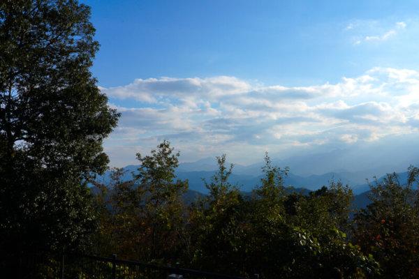 高尾山の山頂の絶景