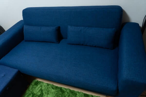 ロウヤのソファー